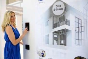 light & building - das E-haus